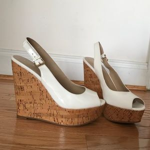 ✨bebe wedges never worn size 9